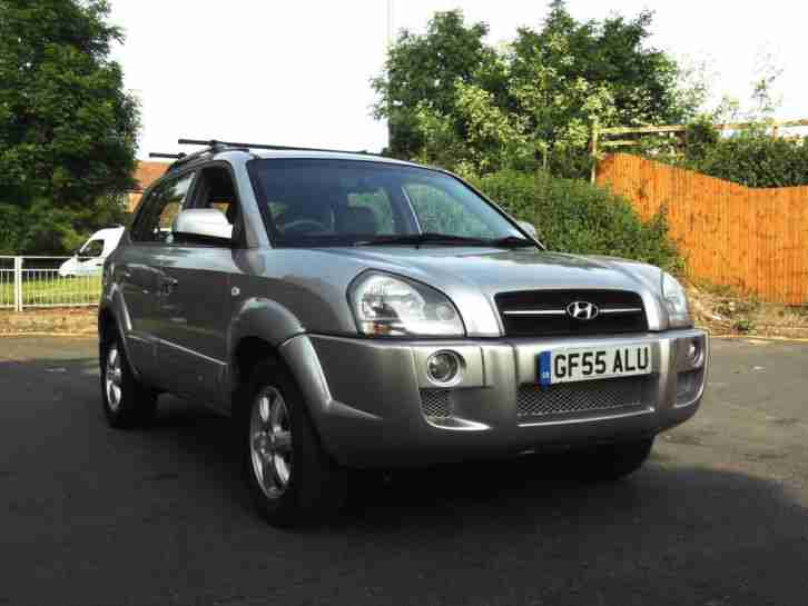 FULLY LOADED LATE 2005 TUCSON CDX 2.0