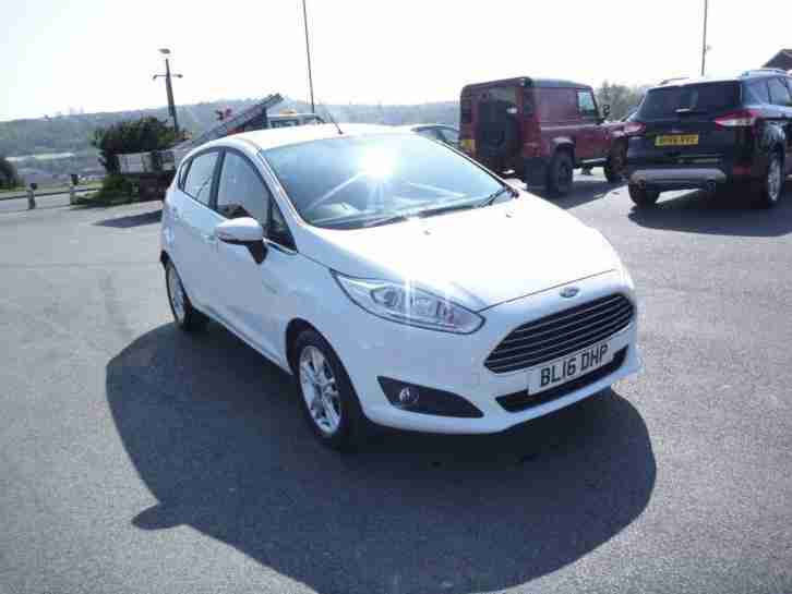 Ford Fiesta 1.0T ( 100ps ) EcoBoost ( s/s ) 2015 Zetec 5 Door