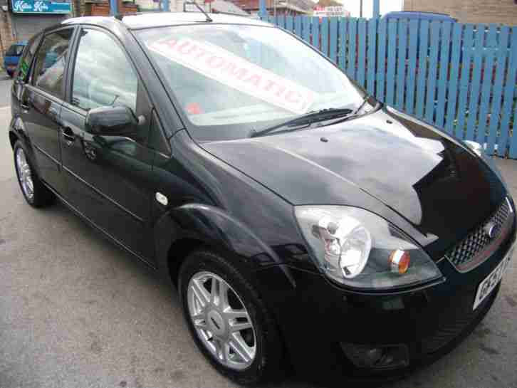 Fiesta 1.6 Ghia 5 DR AUTOMATIC LOW