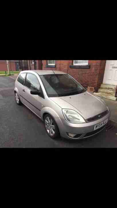 Ford Fiesta Mk6 Limited Edition Silver Leather Seats