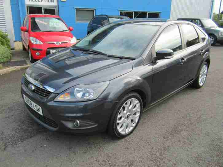 Ford Focus 1.6 ( 100ps ) 2008.25MY Zetec 5 door Grey Full Service History