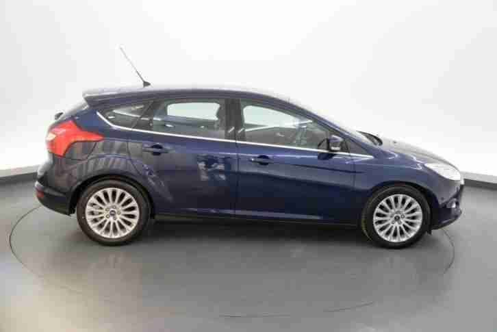 Ford Focus 1.6 TDCi 115 Titanium X 5dr- HALF HEATED LEATHER - CLIMATE CONTROL -