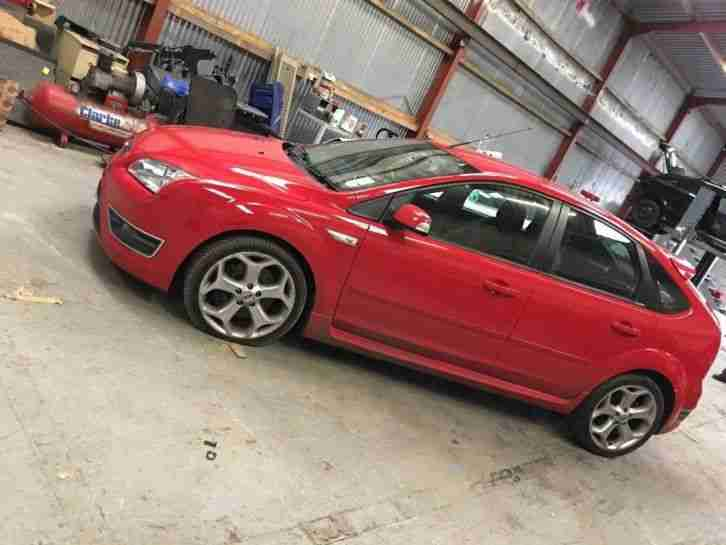 Ford Focus ST 225 breaking engine gearbox interior wheels bumpers