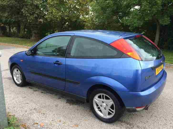 Ford focus zetec 3dr blue 2000 w car for sale