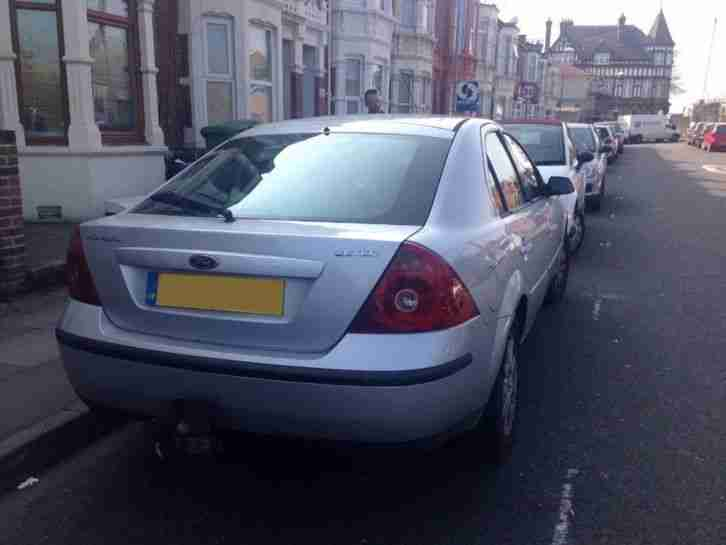 Ford Mondeo Zetec 16v 5dr PETROL MANUAL 2001/Y