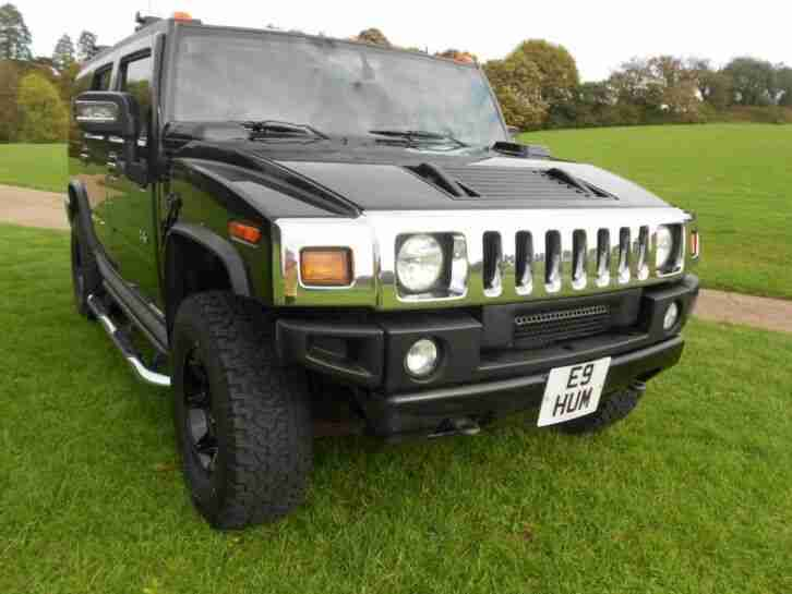 Hummer H2 2006 Model with black Interior Low Miles 53k S Roof 6 seats LHD