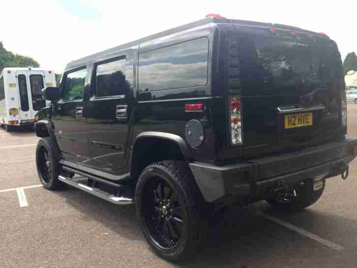 Hummer H2 Black 06 Model 2005 4x4 Mint Very Low Mileage American Custom Show