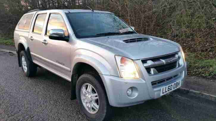 Isuzu RODEO 3.0. Isuzu car from United Kingdom