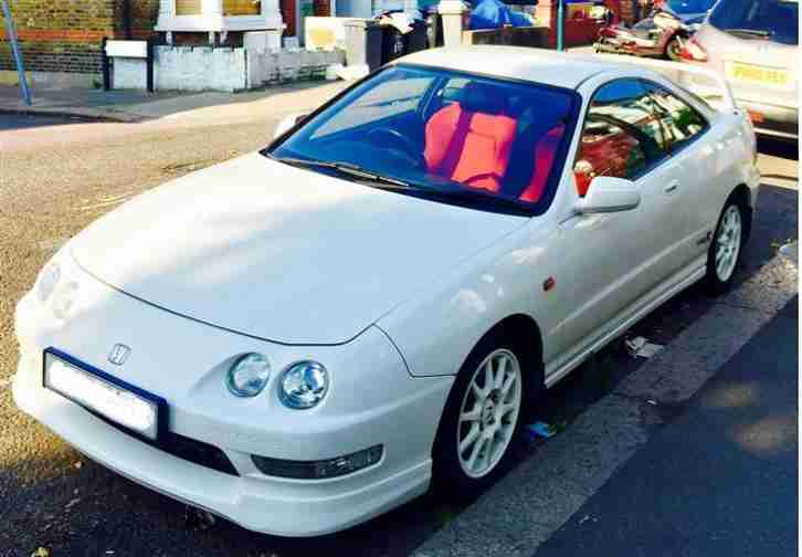 Immaculate 2000 Honda Integra Type R UK DC2 Full Honda history and just serviced