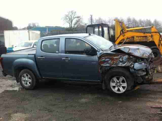Isuzu Rodeo spares or repair/salvage 2012 reg