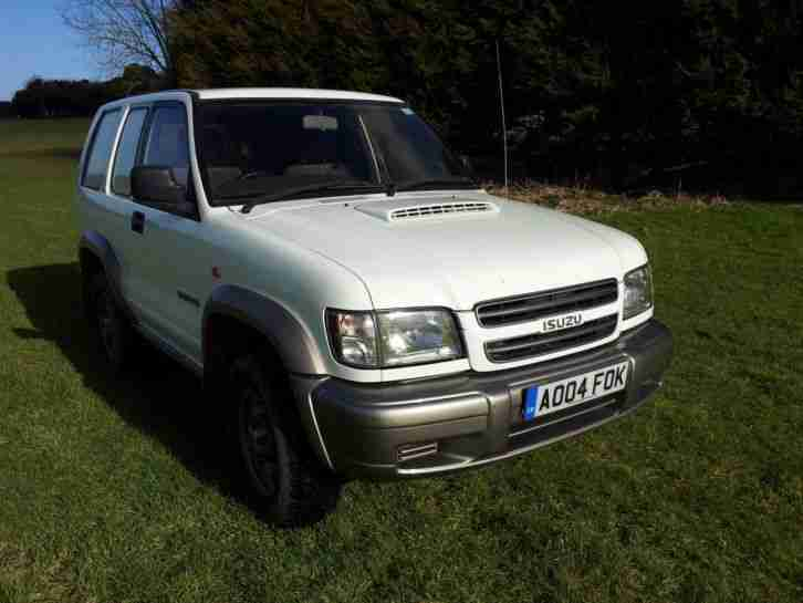 Isuzu Trooper 3.0 Commercial 2004