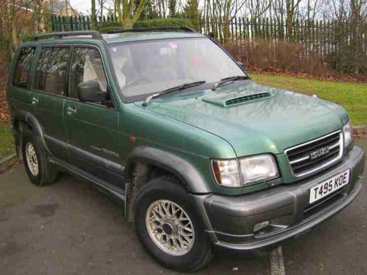 Isuzu Trooper 3.0TD. Isuzu car from United Kingdom