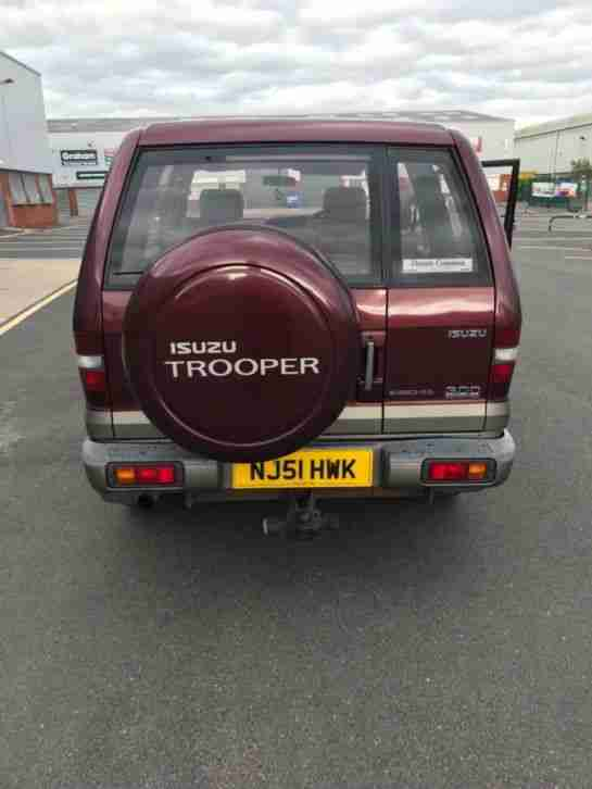 Isuzu trooper insignia