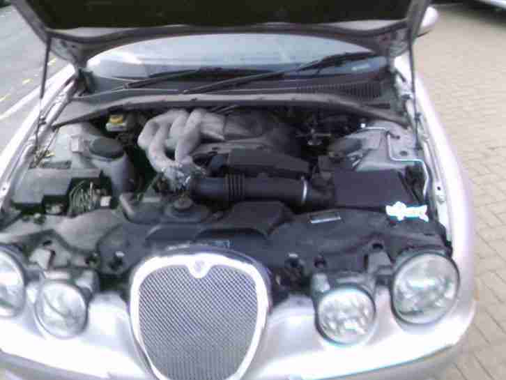 JAGUAR S-TYPE 2.5 V6 4 door saloon 2003 *REDUCED PRICE*