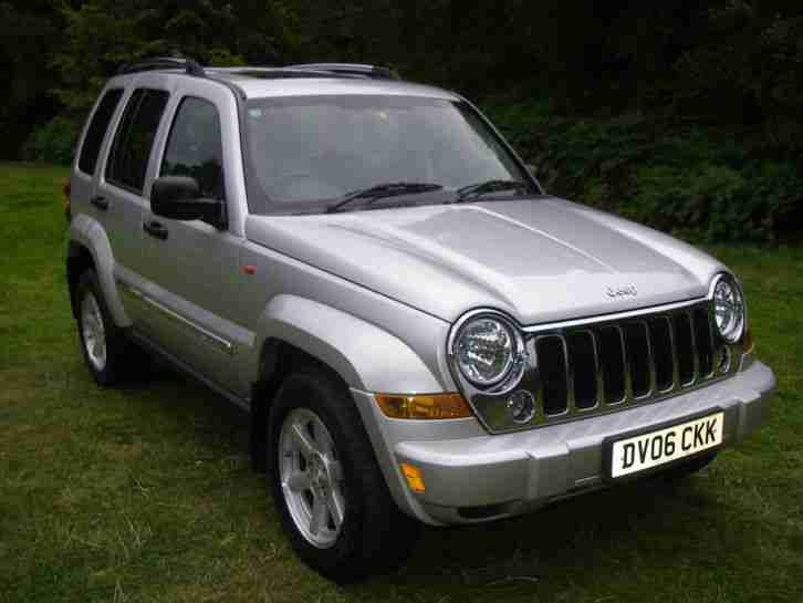 jeep cherokee 2 8 crd limited 2006 only 36k full service. Black Bedroom Furniture Sets. Home Design Ideas