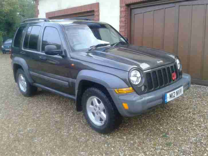 JEEP CHEROKEE CRD SPORT DIESEL AUTO 4X4 WITH PRIVATE PLATE AND JUST HAD FULL SER