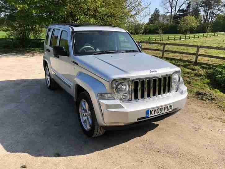 Jeep CHEROKEE LIMITED. Jeep car from United Kingdom