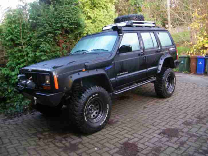 Jeep Cherokee Sport Off Roader Monster Truck Modified 4 0