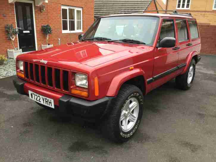 jeep cherokee xj 2 5 diesel sport 2 stunning condition. Black Bedroom Furniture Sets. Home Design Ideas