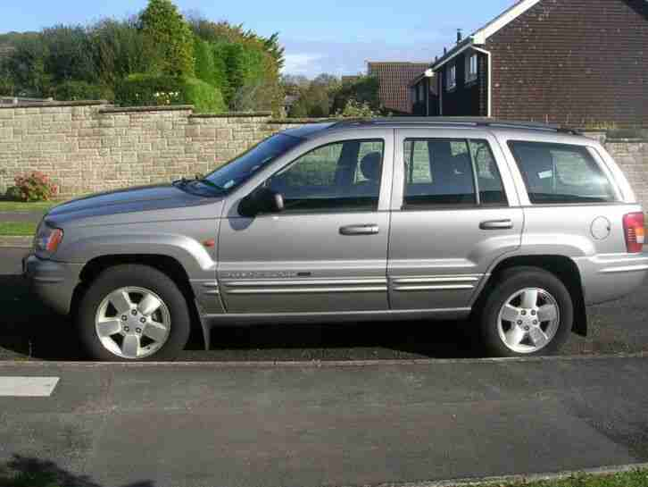 JEEP GRAND CHEROKEE. 4LTR AUTO. 2002.