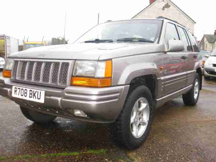 JEEP GRAND CHEROKEE ORVIS, AUTOMATIC, Gold,