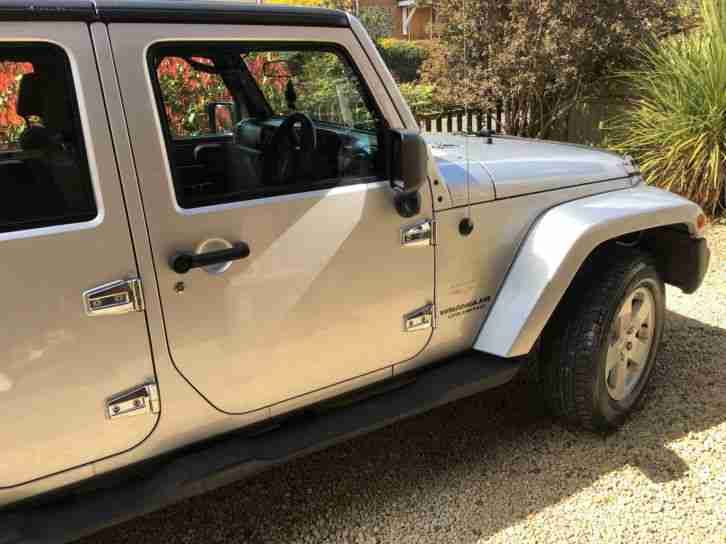 JEEP WRANGLER SAHARA UNLIMITED 2.8CRD 5DR