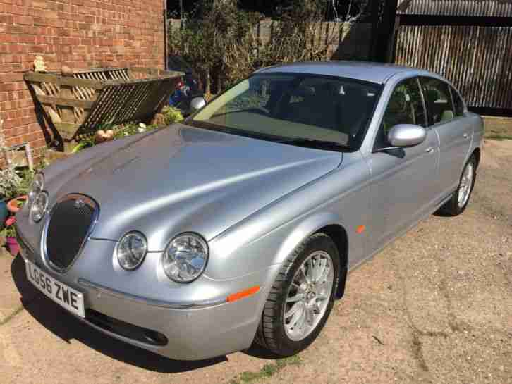 Jaguar S Type 4.2 V8 SE Auto Low Mileage With Jaguar History