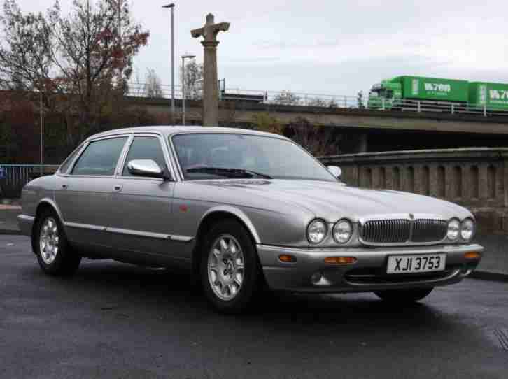 Jaguar Sovereign 4.0 V8 LWB GRACE..SPACE..PACE..TIMELESS MOTORING.. 1998/3