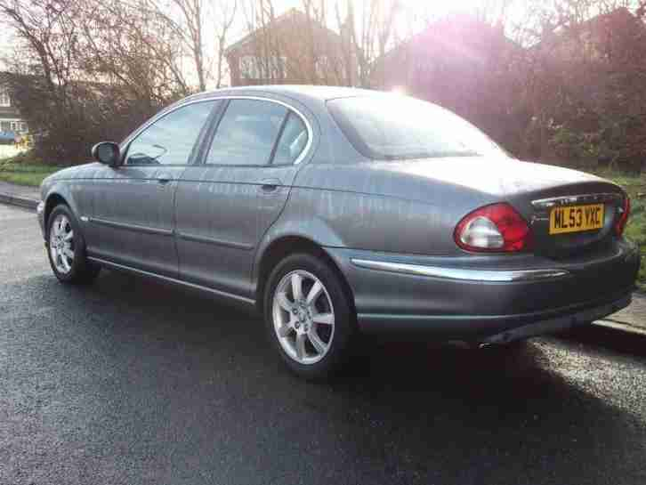 Jaguar X Type 2.0D SE Saloon - Reverse parking sensors