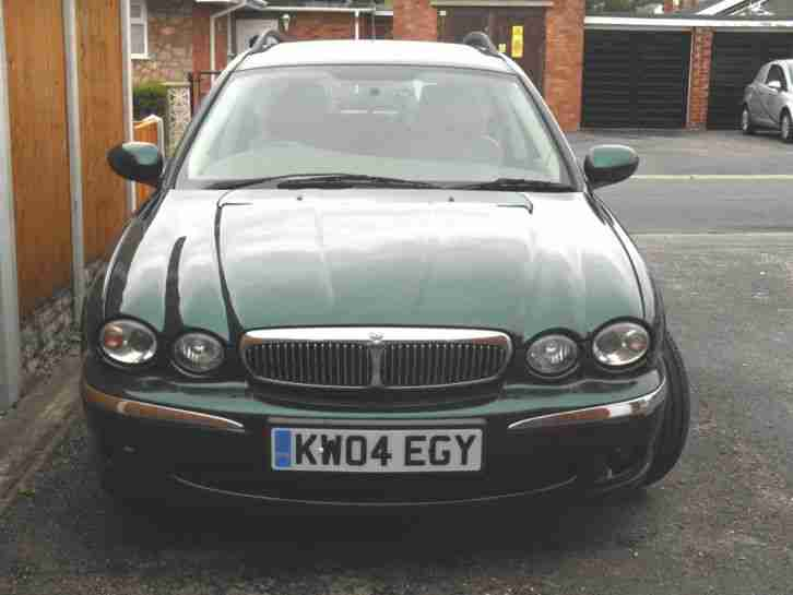X Type 2.5 litre Manual Estate FULL 12