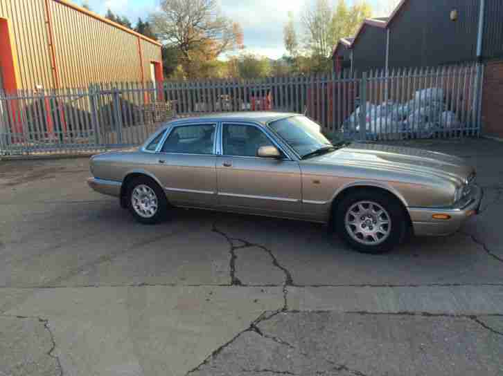 Jaguar XJ Series 3.2 auto 2002 XJ8 Executive FULLY LOADED MAY SWAP PX WHY