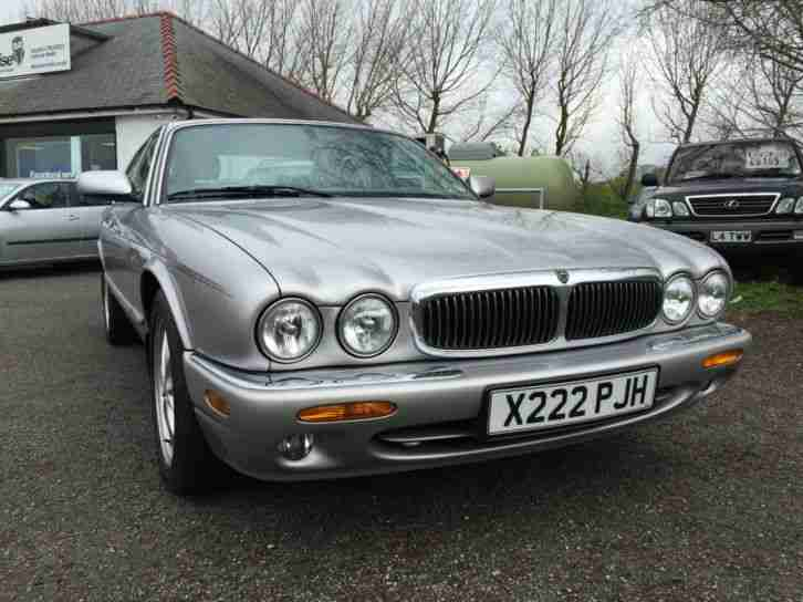 Jaguar XJ Series 3.2 auto XJ8 Show Condition! 12 month MOT - FSH- 72k miles!