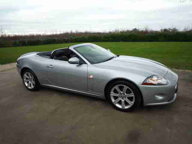 Jaguar XK 4.2 automatic Convertible New shape ,silver,Black Leather XK8