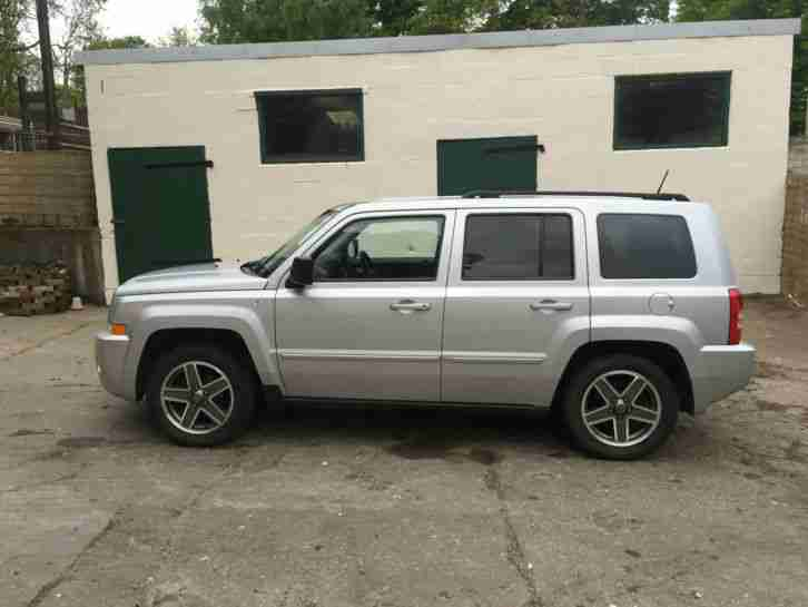 jeep patriot 2 0 crd limited 4x4 diesel full service. Black Bedroom Furniture Sets. Home Design Ideas