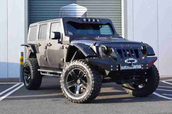 Wrangler 2.8CRD Auto 4dr Black Mountain