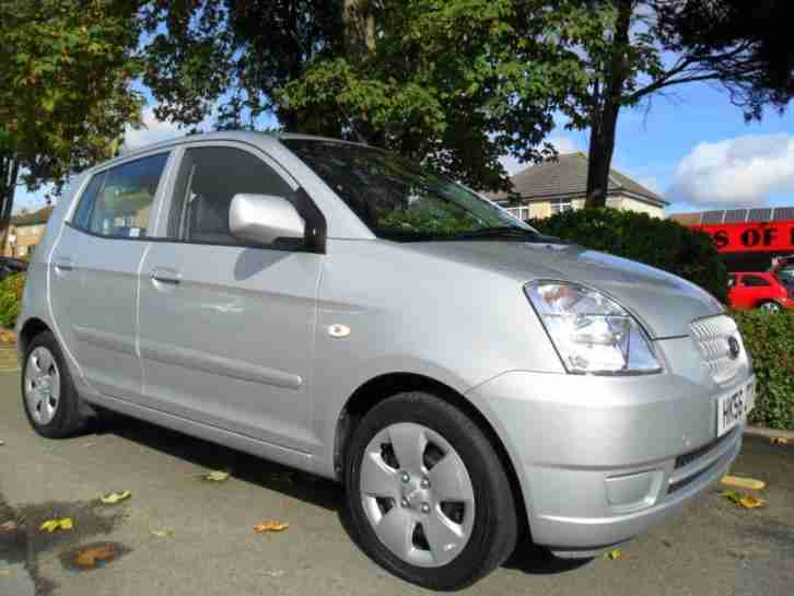 Kia PICANTO 1.1. Kia car from United Kingdom