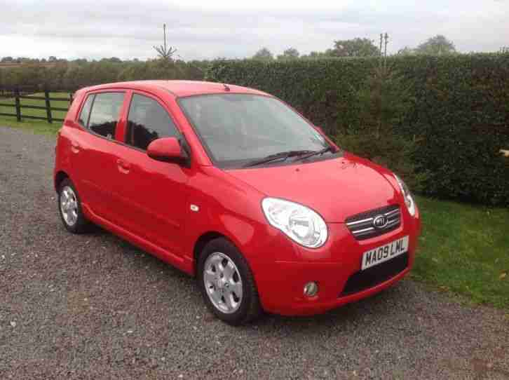 kia picanto red 2009 5dr 1086cc 70k full service history 6 months mot. Black Bedroom Furniture Sets. Home Design Ideas