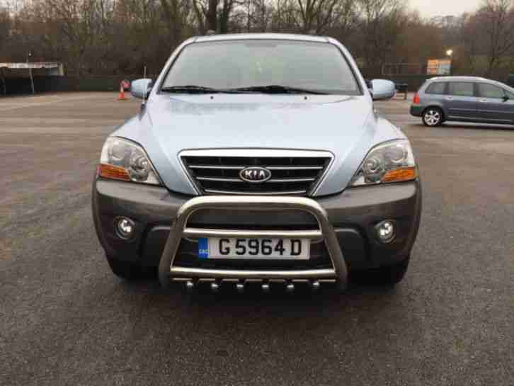 Kia SORENTO 2.5CRDI. Kia car from United Kingdom