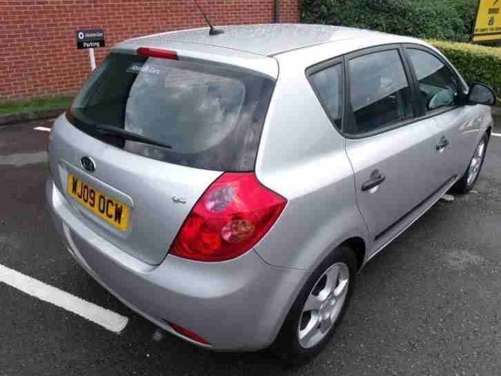 Kia Ceed 1.6 CRDI GS, Full Service History, 2 Keys,Very Low Miles..