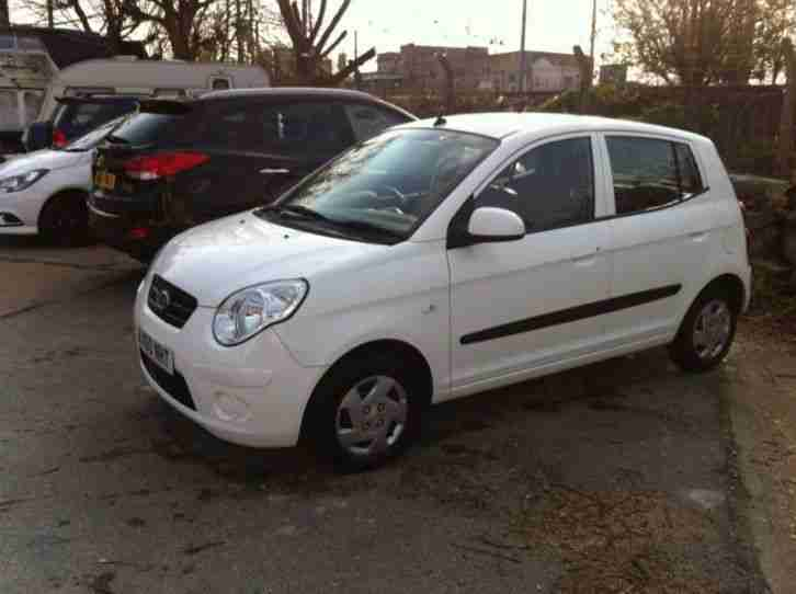 Kia Picanto 2010. Kia car from United Kingdom