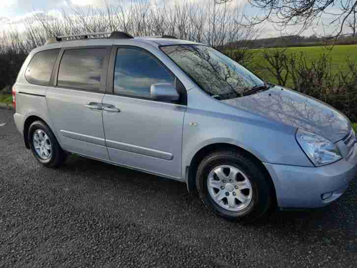 Kia sedona 2.9 DIESEL AUTO 2008 later shape OCTOBER MOT FULL SERVICE HISTORY