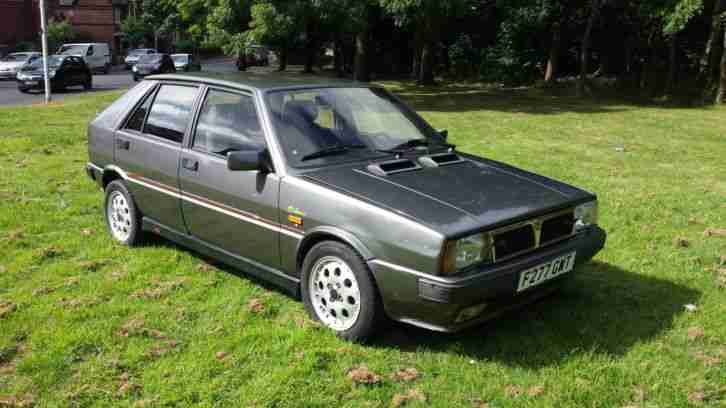 lancia delta hf turbo i e exclusive car for sale. Black Bedroom Furniture Sets. Home Design Ideas