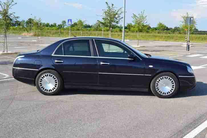 Lancia thesis for sale italy
