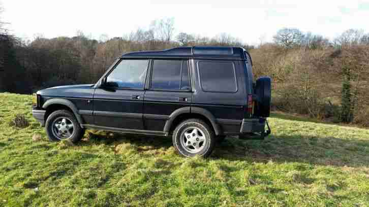 Land Rover Defender 90 Td5 County Station Wagon 2001 Car