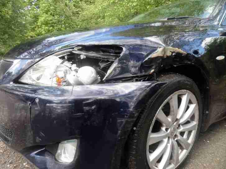 Lexus IS220 Salvage 2 2 DIESEL 6 SPEED 2007 spares or repair