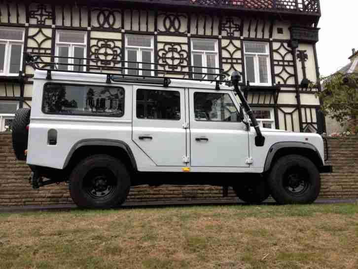 lhd land rover defender station wagon 110 300 tdi original. Black Bedroom Furniture Sets. Home Design Ideas