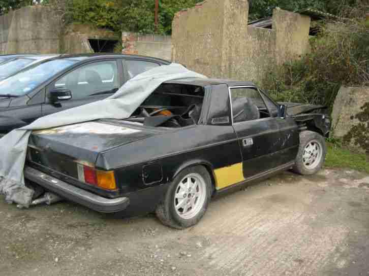http://bay2car.com/img/Lancia-Beta-Spider-Runs-but-in-need-of-restoration-261669422069/2.jpg
