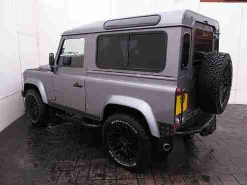 Land Rover Defender 90 XS 2.4 TD BESPOKE 4X4 TWISTED BO