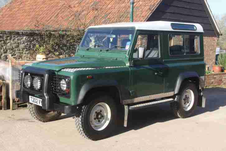 Land rover defender td5 90 county 1999 7 seats. car for sale