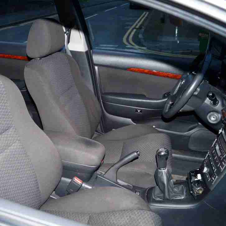 2014 Smart Fortwo Electric Drive Transmission: Toyota Left Side Drive Brown Avensis (2004) Registrated In